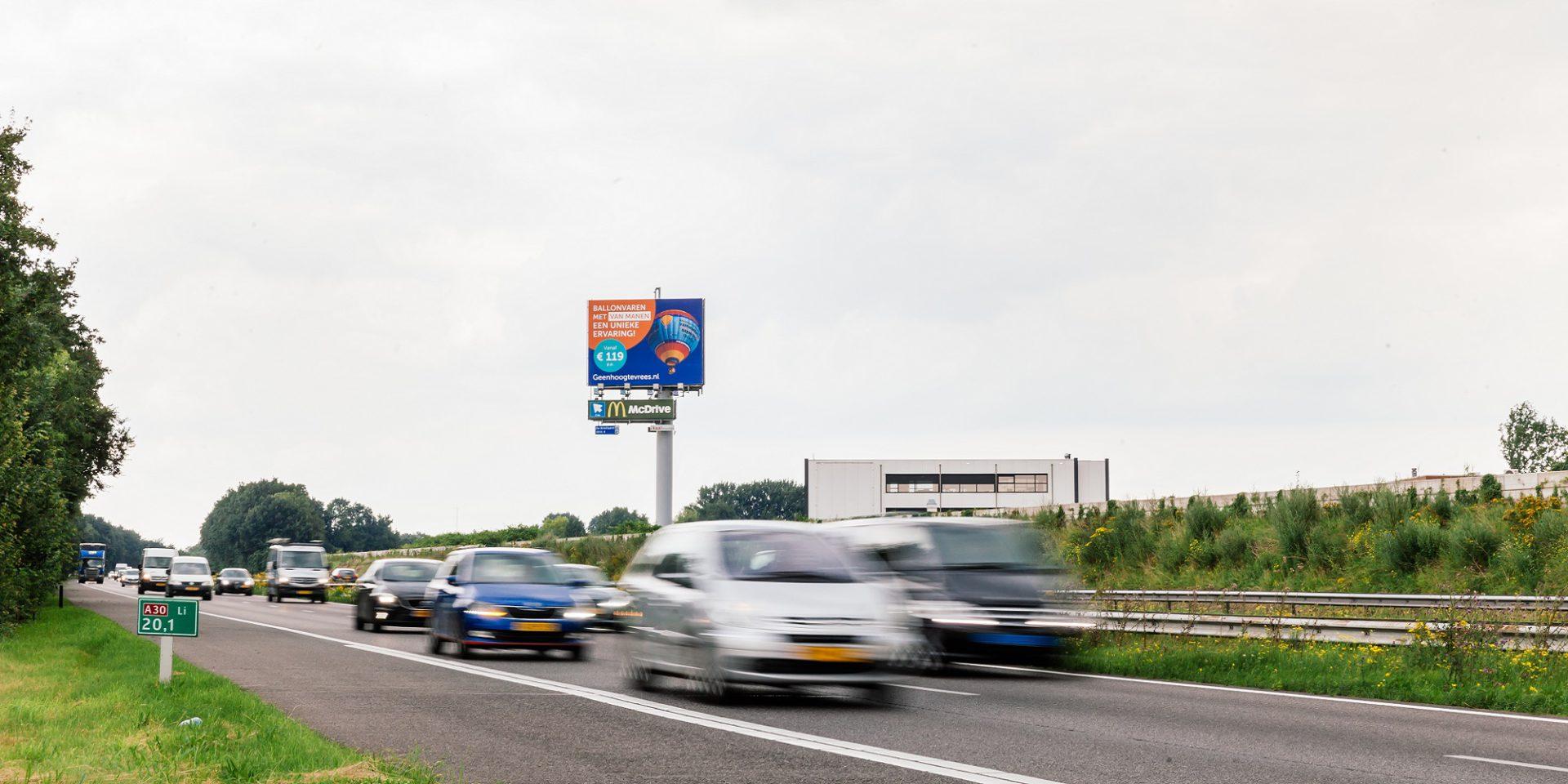 A30 snelwegreclame reclamemast